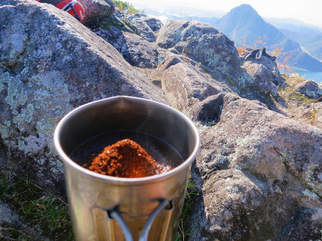 三角岳で山コーヒー