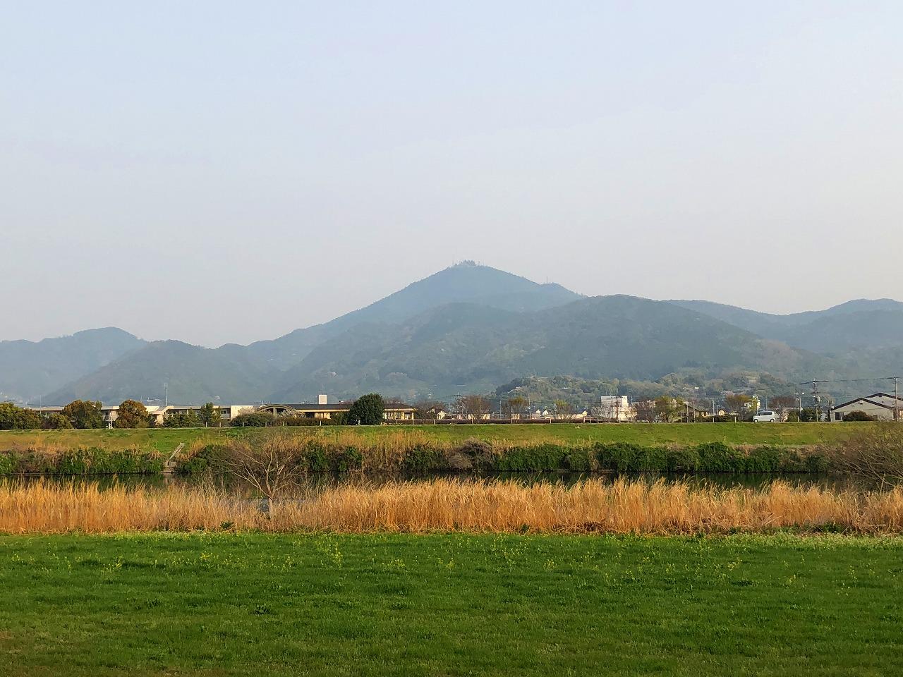 208.3.30今朝の金峰山です。