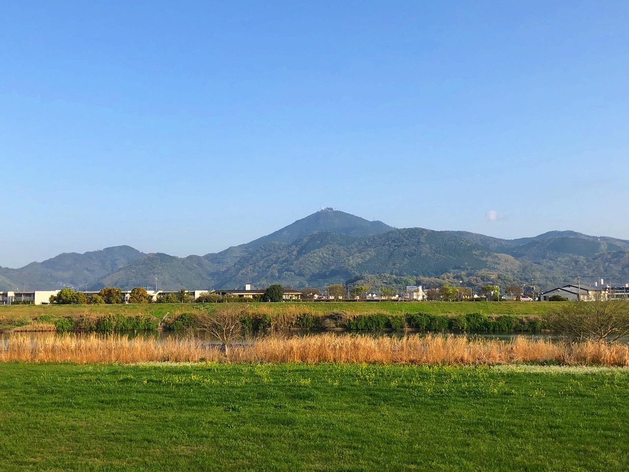 2018..4.3今朝の金峰山です。