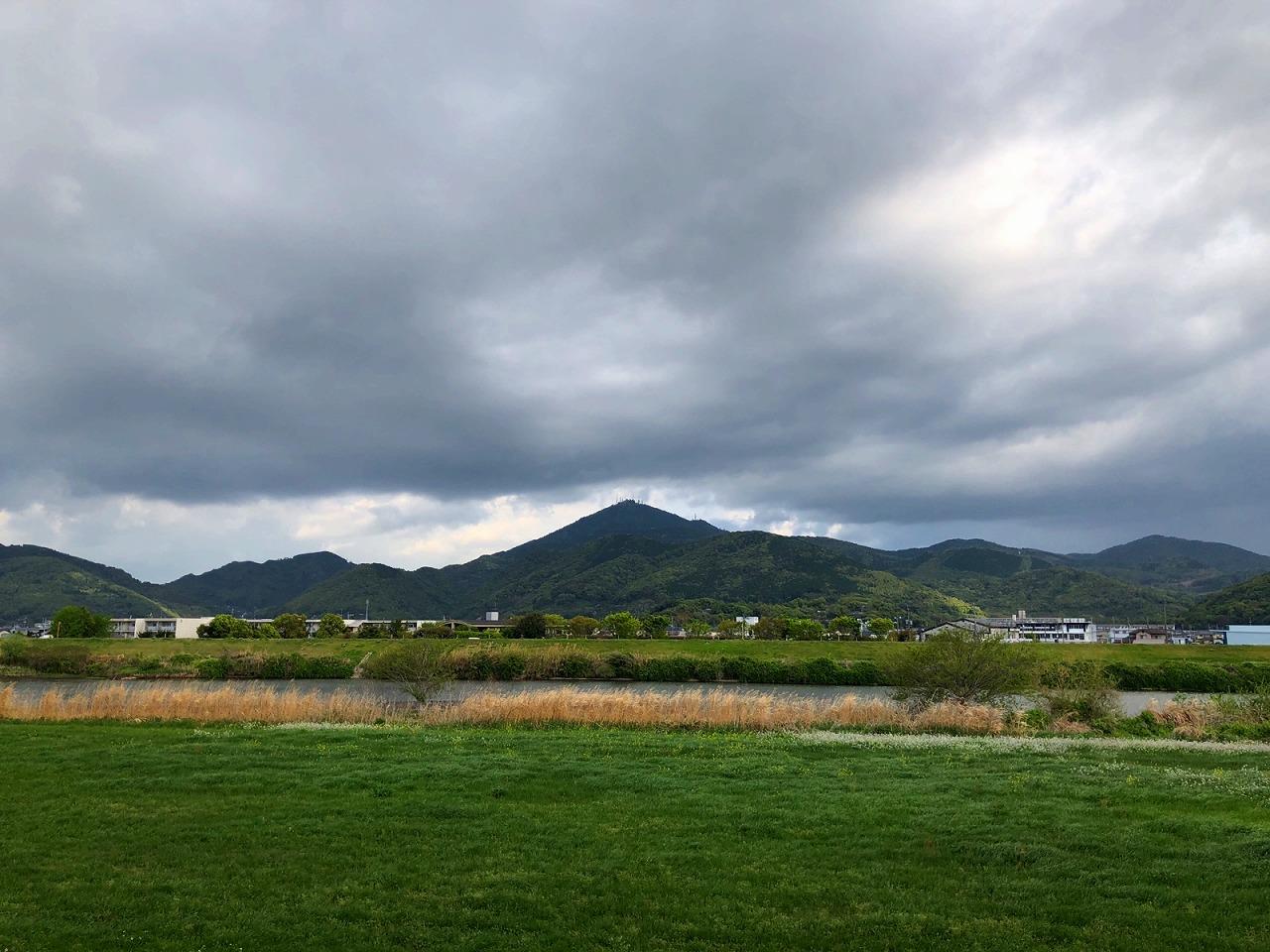 2018.4.11今朝の金峰山です。