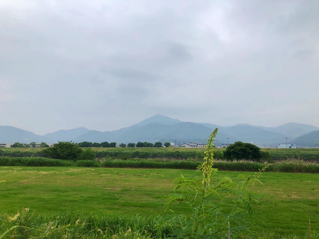 2018.5.17今朝の金峰山です。