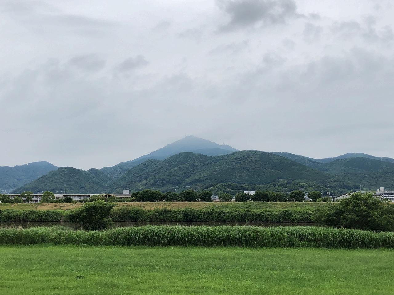 2018.5.30今朝の金峰山です。
