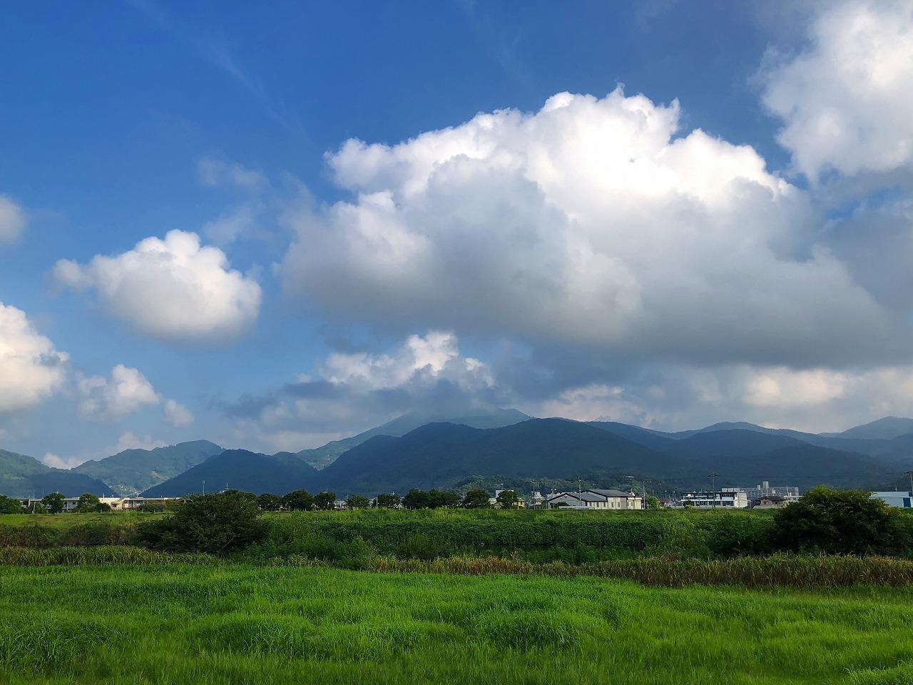 208.8.29今朝の金峰山