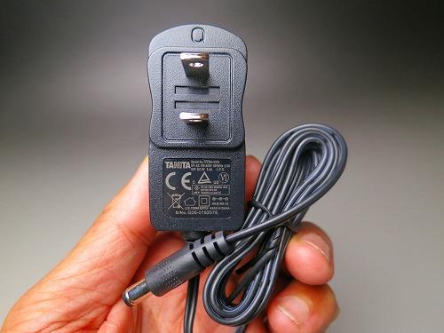 タニタ UV305-0905 ACアダプター