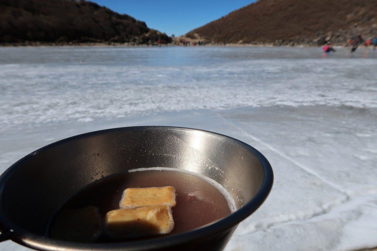 くじゅう氷結御池でおしるこなのだ