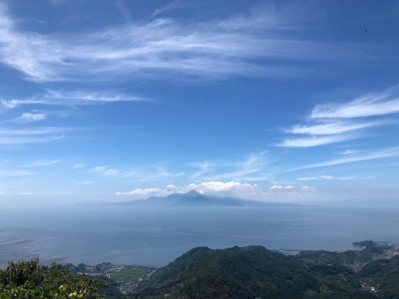金峰山より雲仙普賢岳
